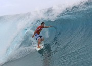 Ricardo dos Santos, Billabong Pro Tahiti 2011, Teahupoo. Foto: Divulgação Billabong.