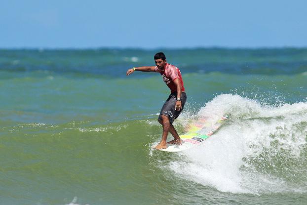Jeferson Silva, Pena Bahia Longboard 2010. Foto: Diego Freire / ASP South America.