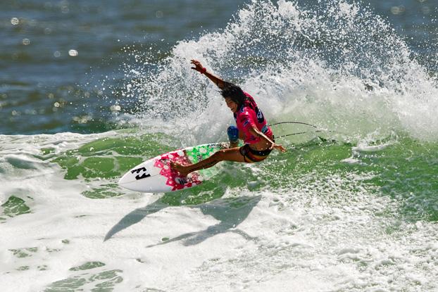 Silvana Lima, Roxy Pro 2012, Snapper Rocks, Gold Coast, Austrália. Foto: © ASP / Robertson.