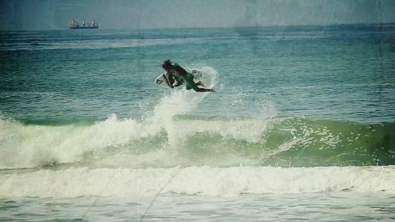 Alan Fendrich, Praia Brava, Itajaí (SC). Foto: Osvaldo Pok Junior.
